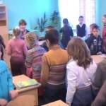 Группа «Звездочки» совершила интересную и увлекательную экскурсию в школу